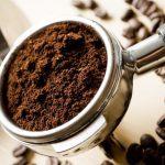 Exfoliere faciala cu zat de cafea