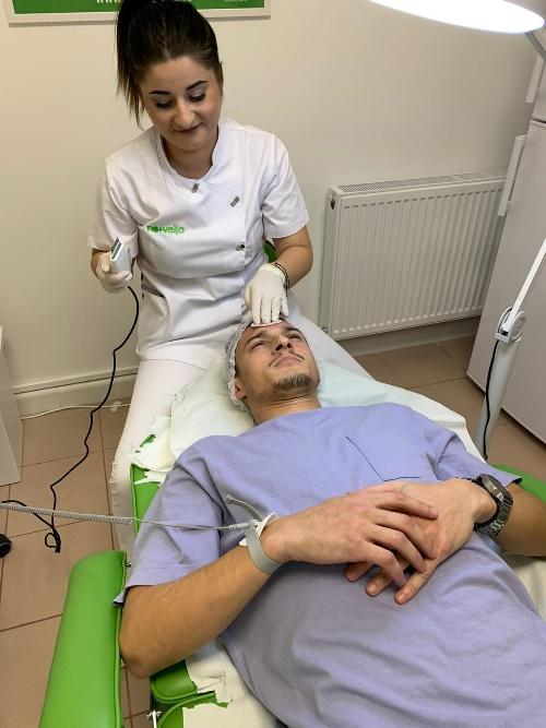 Tratament facial pentru domni la Nomasvello Constanta Delfinariu