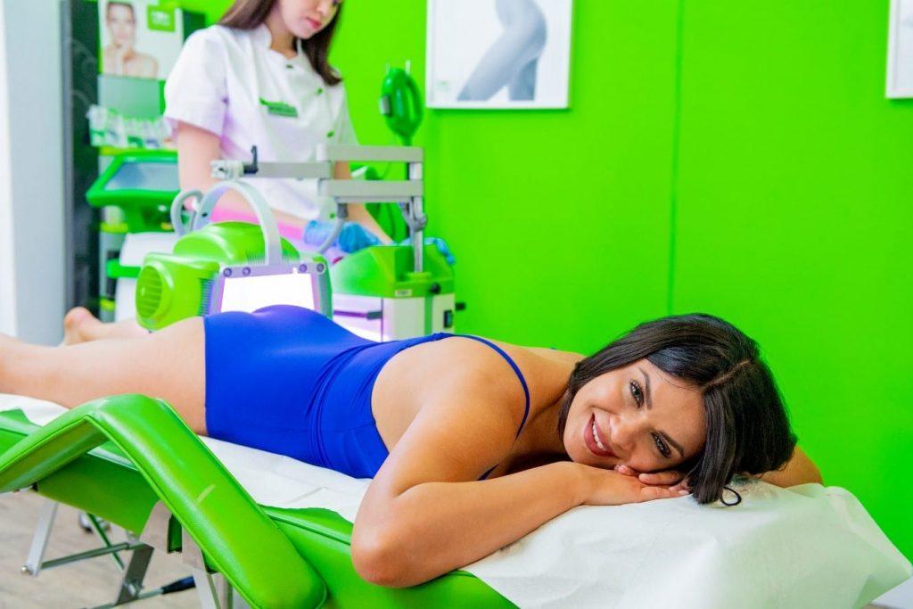 Tratament anticelulitic si de fermitate a pielii cu LED